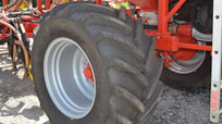 Large, low pressure tyres prevent compaction