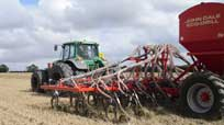 8m Eco-Drill direct drilling OSR in WW stubble